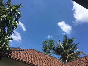 Disini_outside_pool_sky